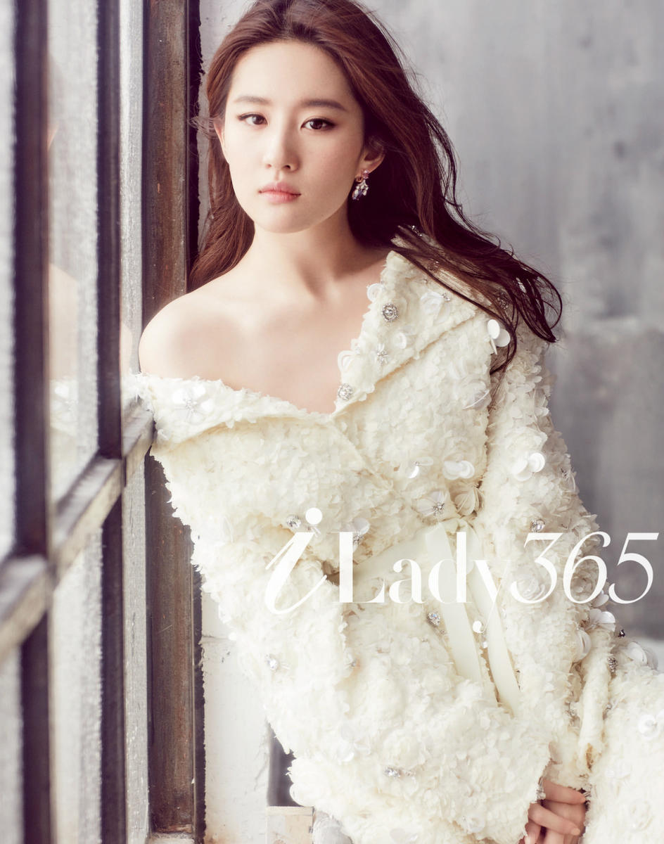 【160809】炎炎夏日,刘亦菲的出现是一阵清凉 颠倒众生