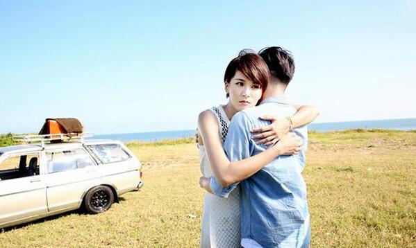 """""""终极女神""""曾沛慈发新歌MV 夺男主角初体验"""