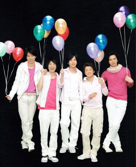 岚新演唱会蓝光碟夺冠 更新公信榜的夺冠记录