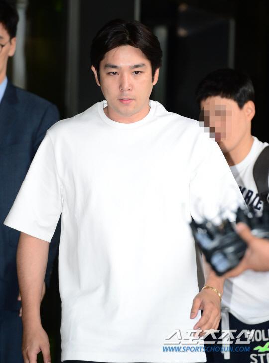 [160907]强仁酒驾事件宣判 被罚700万韩元