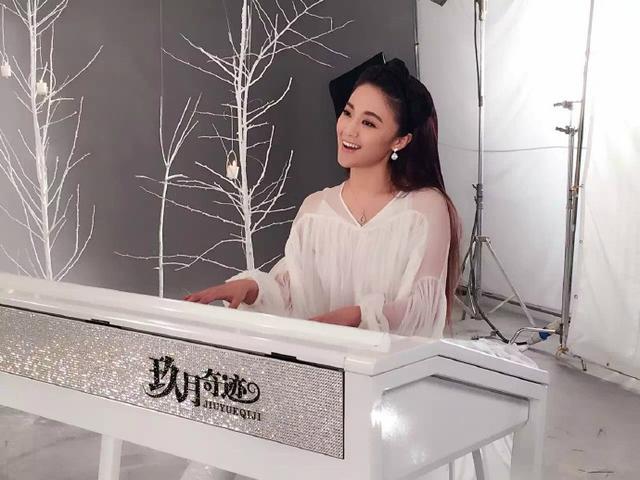 大写的流弊 王小玮演绎中国最经典电音二度走红