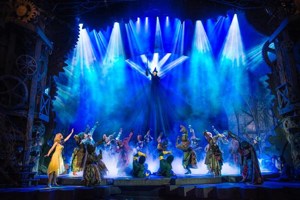 """""""一部持续增长的音乐剧"""" 《魔法坏女巫》在伦敦西区迎来十周年庆典"""