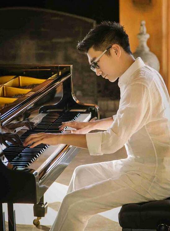赵胤胤受邀央视与乐迷共享古典乐 深入解读经典