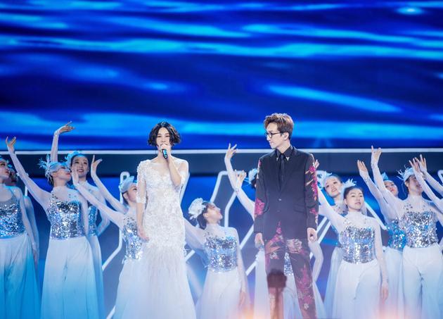 尚雯婕携手林志炫 压轴献唱《海上明月》