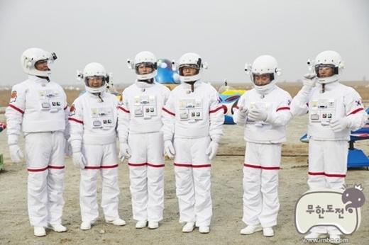 [160919]《无挑》宇宙旅行企划重启 10月飞往俄罗斯训练