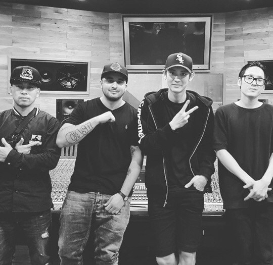 EXO灿烈与嘻哈乐团合作新曲 10月初公开