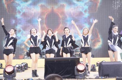 热波音乐节火爆上海 TS919出道首演与巨星同台