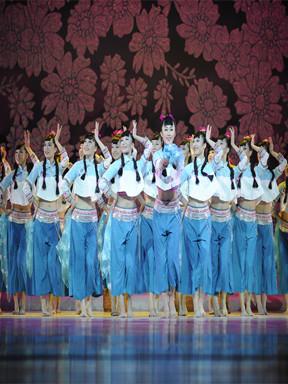 2016厦门嘉庚剧院舞蹈演出季 闽南风情舞蹈诗《沉沉的厝里情》