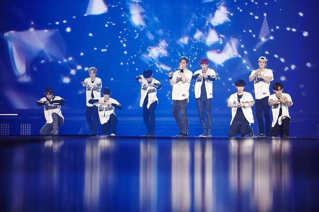 EXO巡回香港站即将开票 明年2月开唱