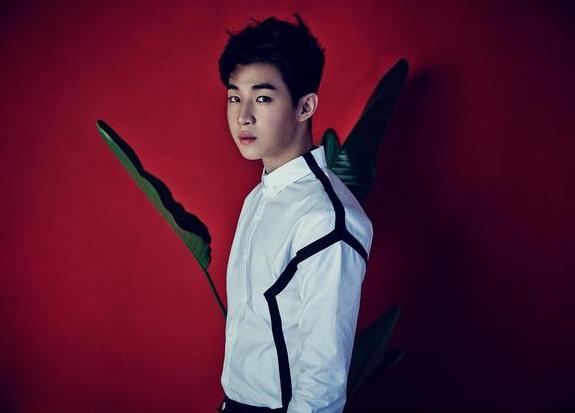 Sunny携手Henry出演直播综艺《my SMT》