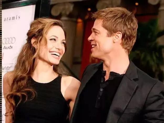 朱莉皮特离婚:五年前他们还同看一场戏……