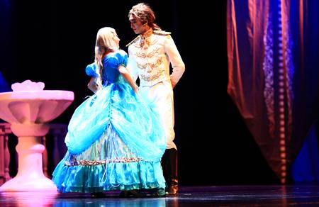 浪漫经典童话剧《灰姑娘》