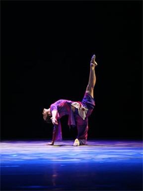 《跃动的大地》——广州歌舞剧院岭南舞蹈作品专场