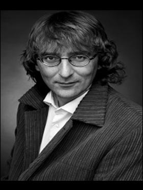 莫斯科国立模范交响乐团首席钢琴家S·Tarasov(S·塔拉索夫)独奏音乐会
