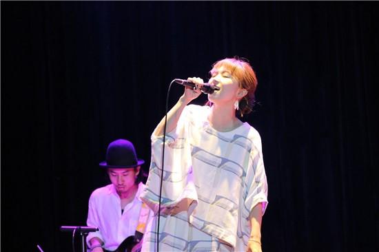 日本治愈系歌手熊木杏里