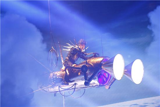古巨基《我们》世界巡演Part2深圳站圆满落幕,情歌王穿越时空再告白