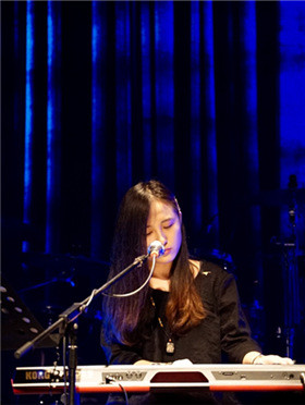 深圳音乐厅十周年演出季 似曾相识燕归来——燕池2017圣诞演唱会