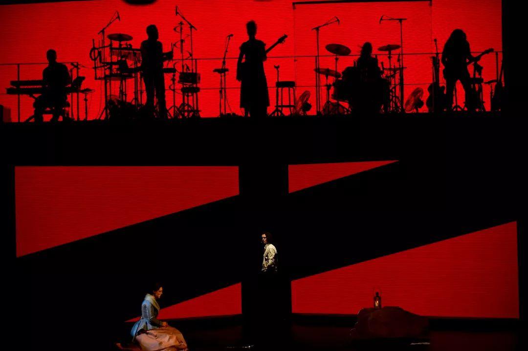 海量活動照片新鮮出爐!法語音樂劇《搖滾紅與黑》今日正式燃爆羊城!