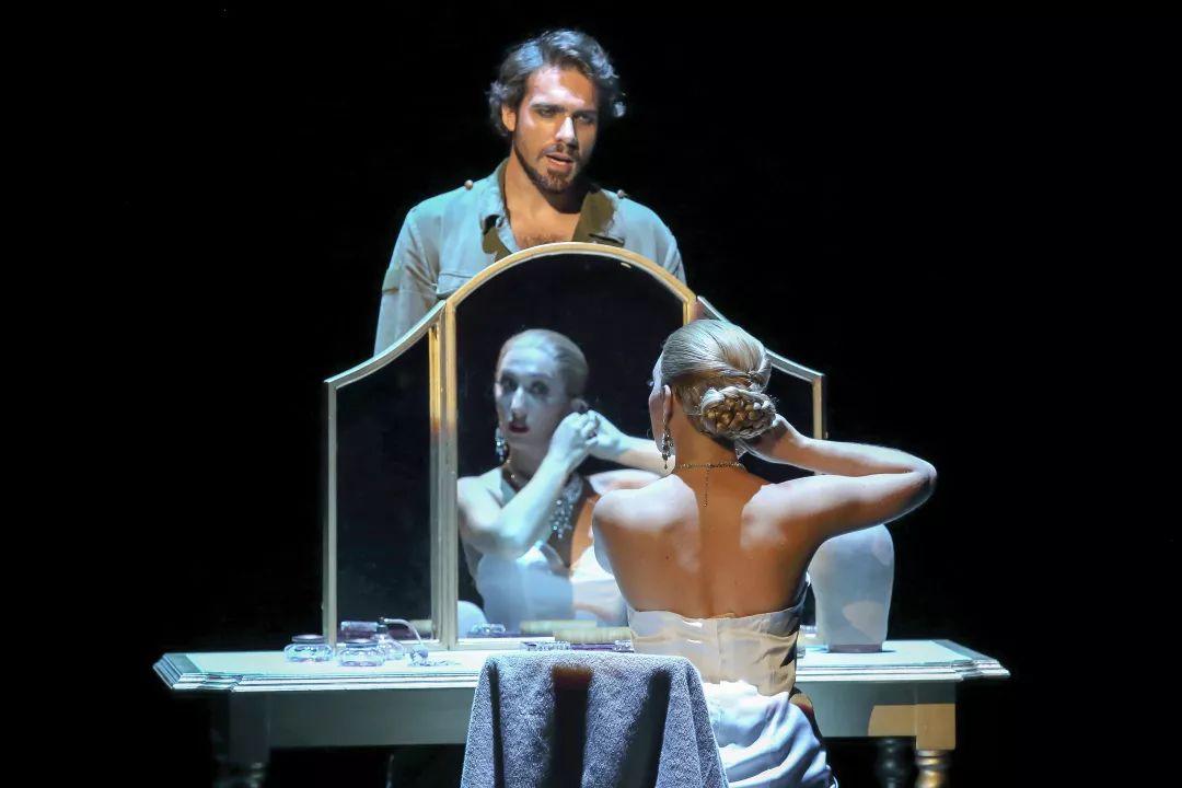 伦敦西区原版音乐剧《贝隆夫人》小演员招募盛大开启!
