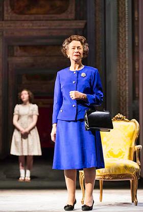 2019女性艺术节 英国国家剧院现场《女王召见》