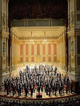 钢琴巨匠携手世界名团 布赫宾德 & 德累斯顿国家管弦乐团演绎贝多芬钢琴协奏曲全集(二)