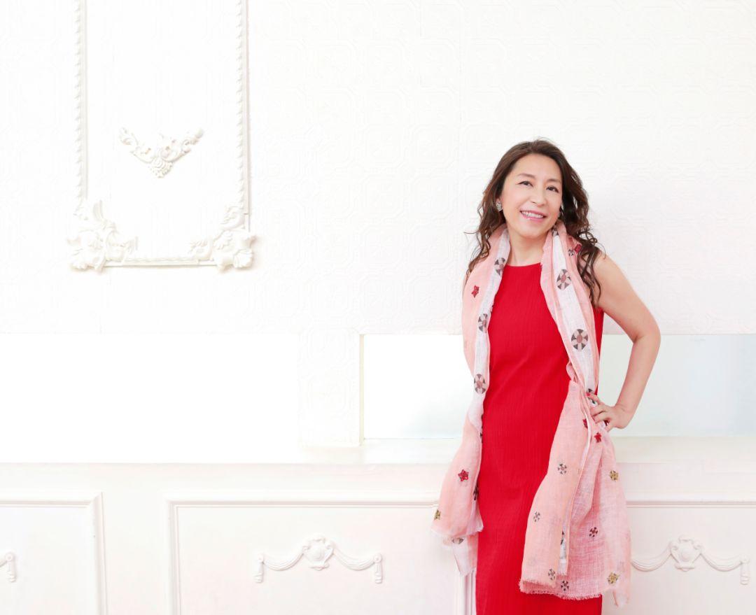 提前锁定温暖圣诞,小野丽莎2019巡回演唱会广州站开抢!