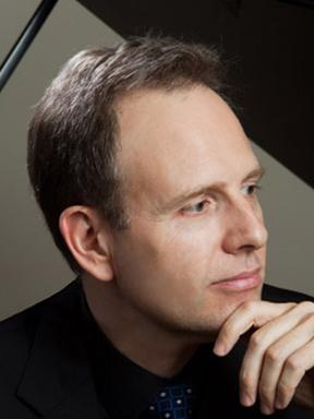 2016黑白键钢琴系列·大师 绅士大师 凯文·肯纳钢琴独奏音乐会