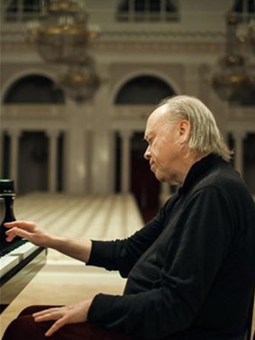 """2016国际钢琴系列之""""独步天下""""瓦莱里·阿凡纳西耶夫钢琴独奏音乐会"""