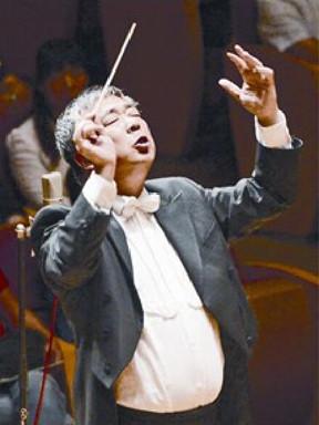 陆家嘴信托荣誉呈现2017东方市民音乐会·晚场版丝路畅想邵恩与陕西爱乐乐团音乐会